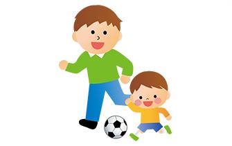 サッカー講師が子供たちに話している様子